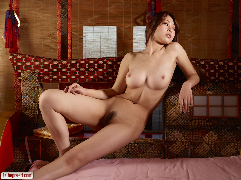 naked-geisha-women-young-girl-cherry-popped-sex
