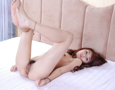 Young girl rubbing her giant clit and pussy lips 4