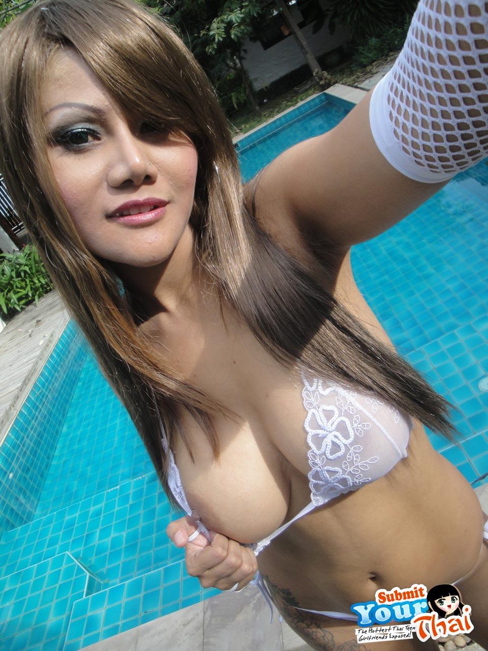 search thai perfect girl