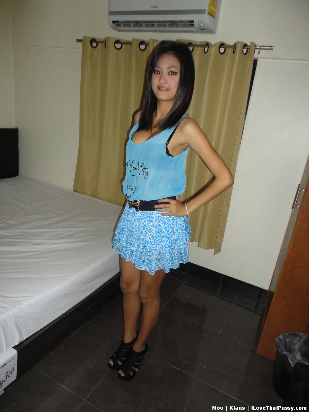 http://teensinasia.com/wp-content/uploads/2012/06/shy_pattaya_girl_moo_02.jpg