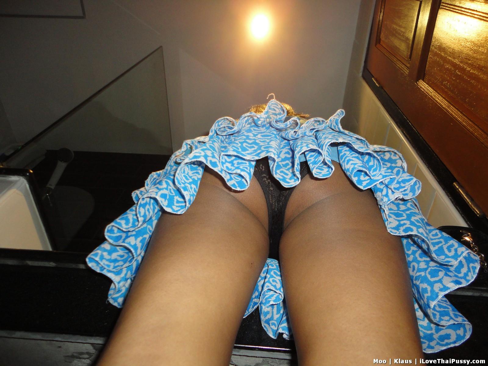 http://teensinasia.com/wp-content/uploads/2012/06/shy_pattaya_girl_moo_21.jpg