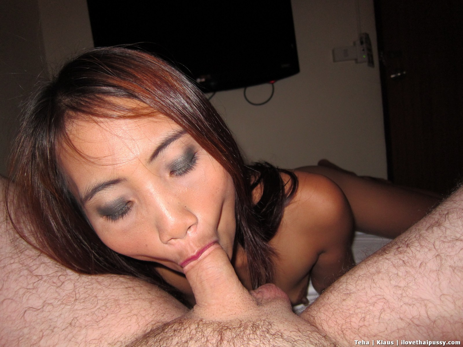 Sex cock sucking thai slaves