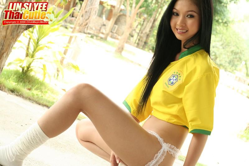 Asian cosplay lesbians deep kissing 9