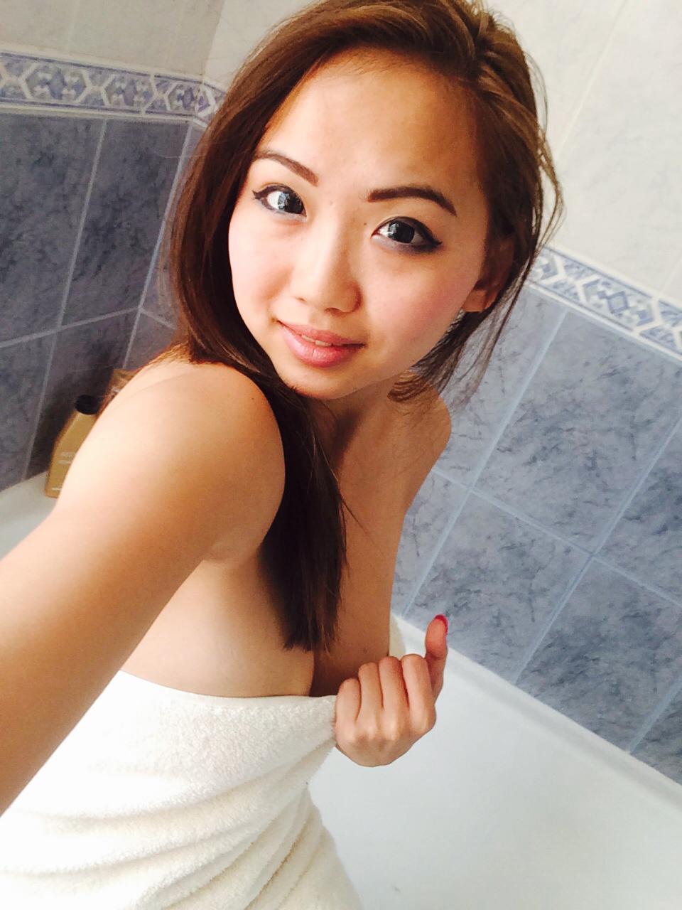 Shower taking asian sexy girl