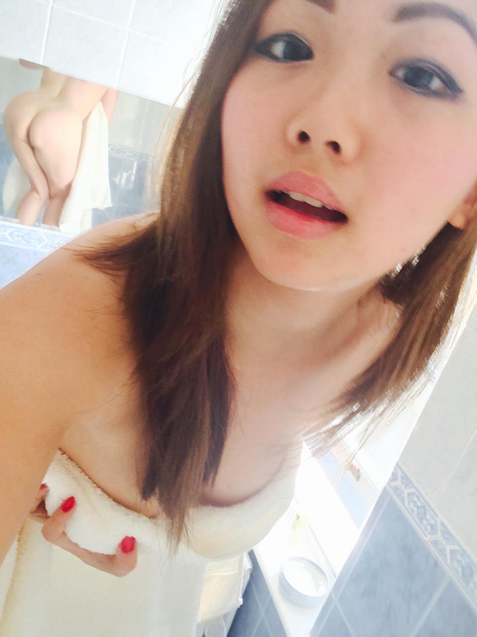 19yo sexy non nude 1 8