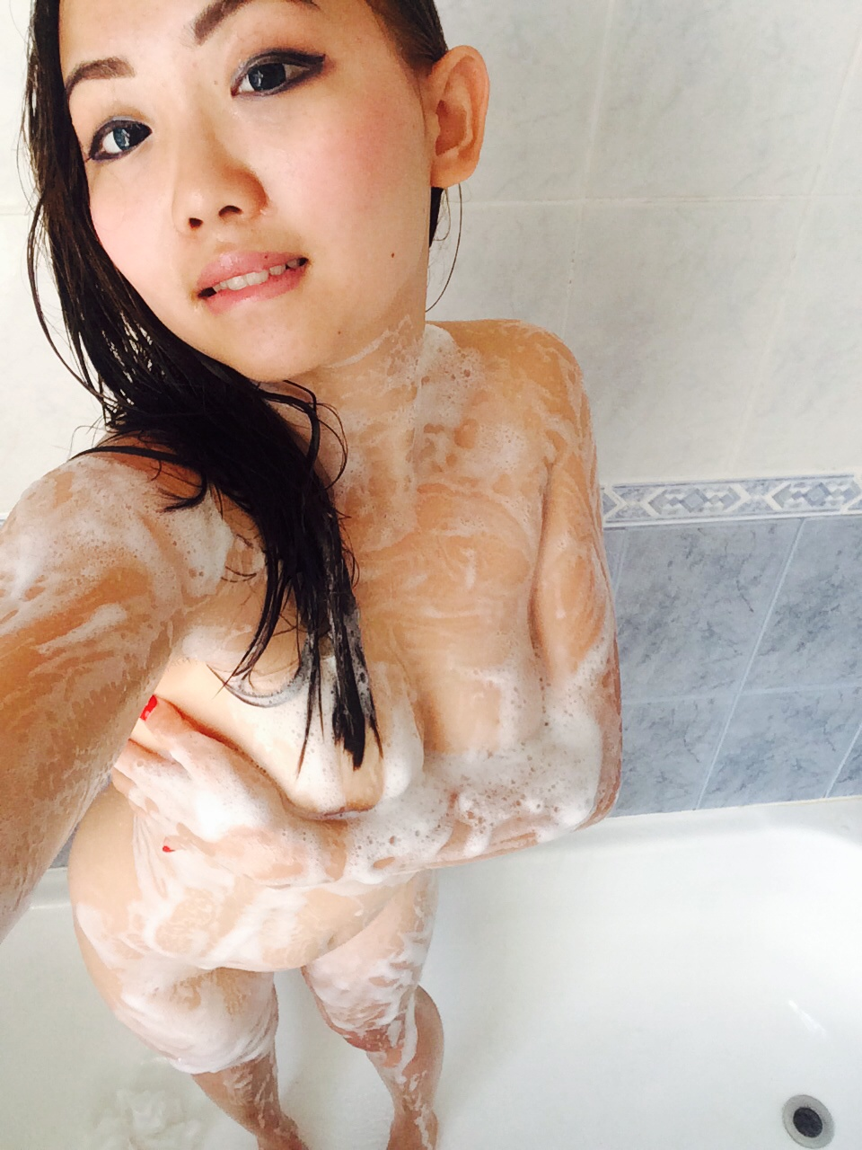 Nude girls in shower self pic