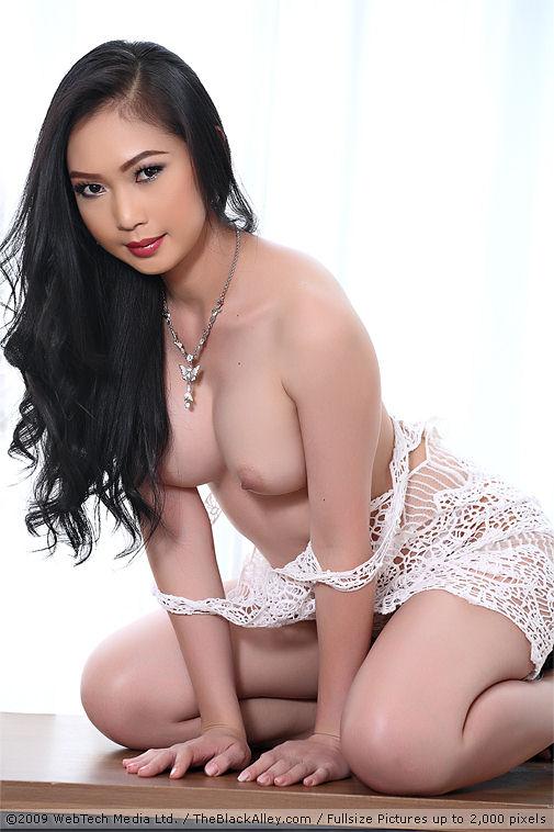 Free lin si yee nude photos