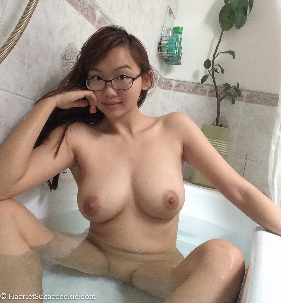nude hot girls free