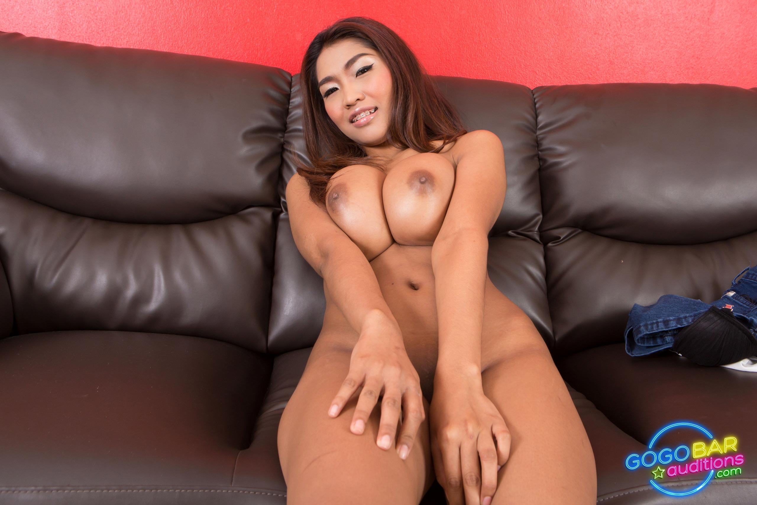 Pija danny shaved her legs and then he was a she sexy pussy
