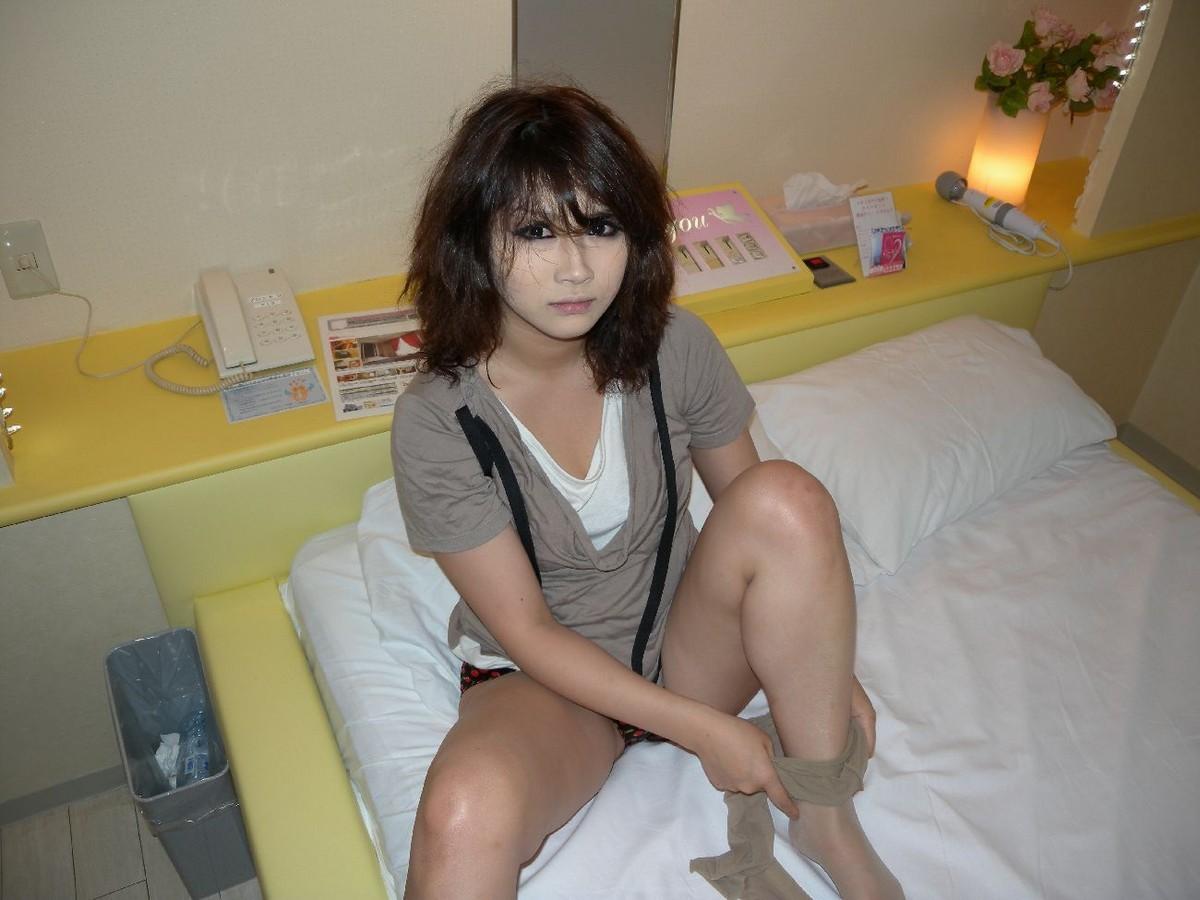 XXX hot images hot naked asian prostitutes