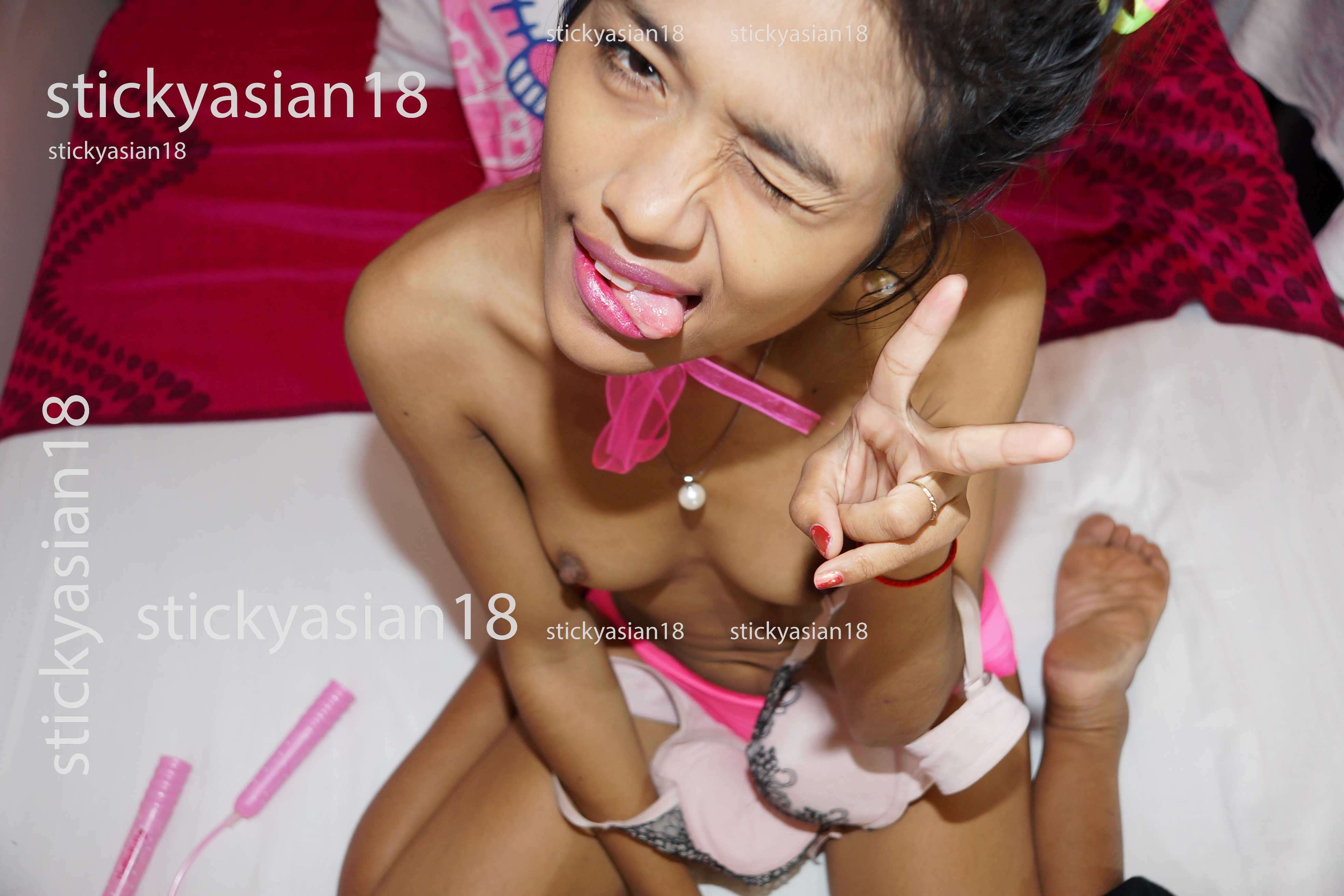 Dee From Sticky Asian 18 Cute Thai Naked Teen Pics - Teens -4881